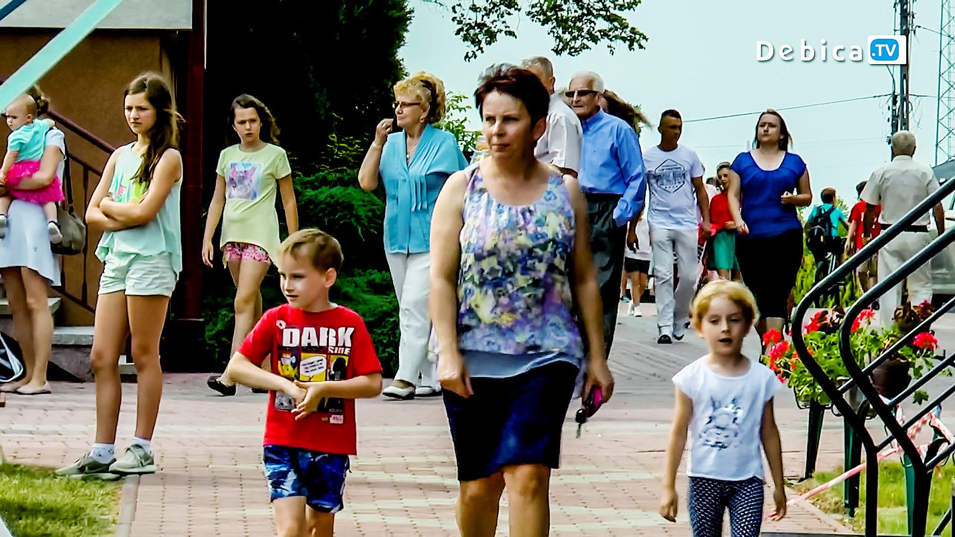 Rodzinny Festyn parafialny w Dębicy Latoszynie Telewizja